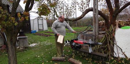 Horizontální štípačka dřeva – síla 5 tun